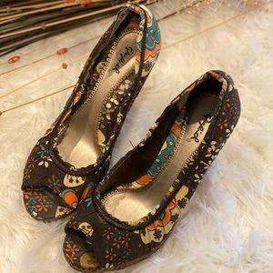 Trending floral Zoe fall pep toe wedges heel shoes